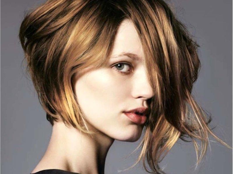 Стрижки для волос средней длины в студии красоты Парадиз. Липецк